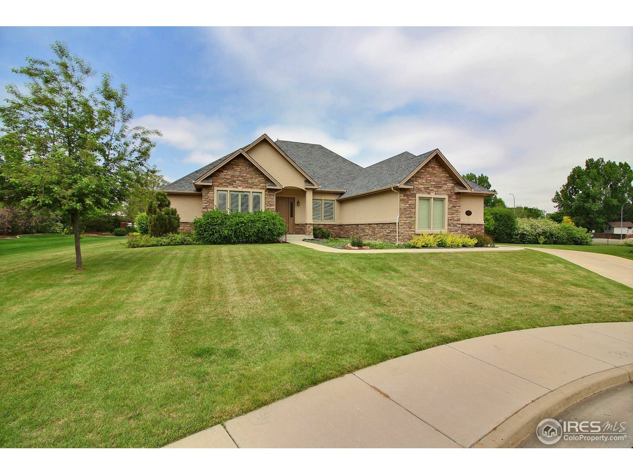 1607 37th Ave Pl, Greeley CO 80634