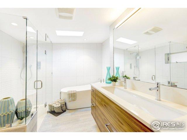 Master w/Blu Stone Shower & Free-standing tub