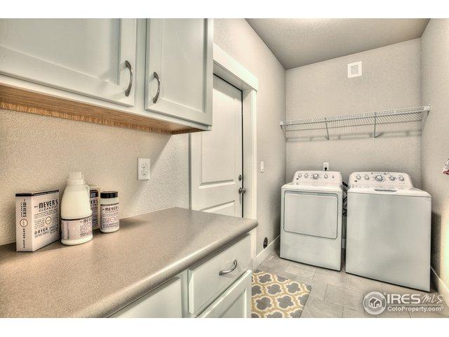 4672 Hahns Peak Dr Unit 102 Loveland, CO 80538 - MLS #: 852219