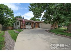 Welcome Home!: 2534, Lanyon, Longmont