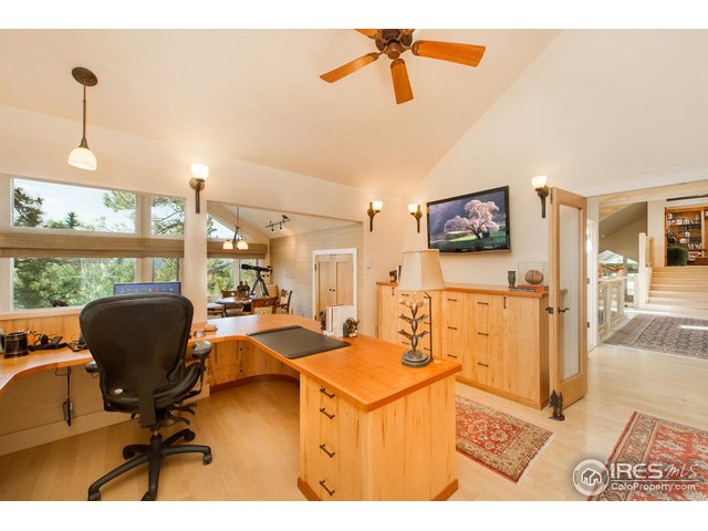 Office above Master Suite