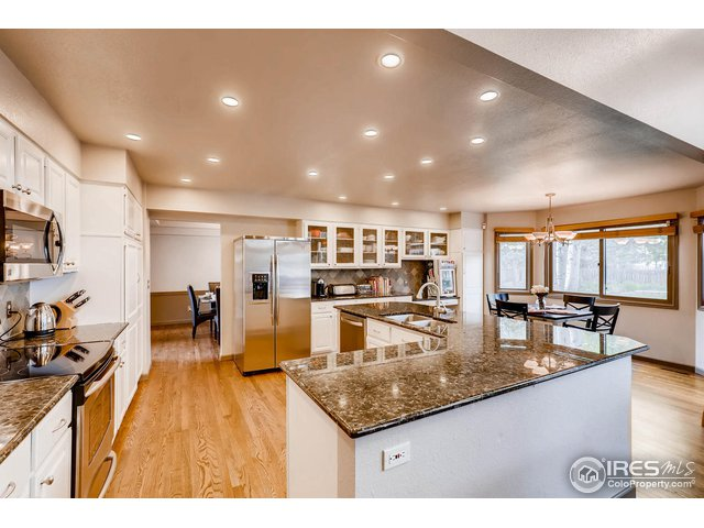 kitchen flows to dining room for entertaining