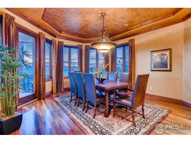 Elegant Formal Dining Room w/ Deck Access