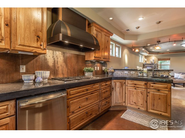 420 Scott Ave Fort Collins, CO 80521 - MLS #: 855064