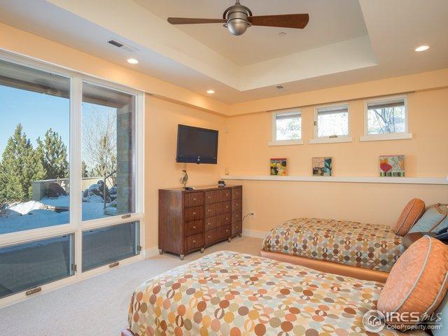 3rd oversized bdrm w/high ceilings & en-suite bath