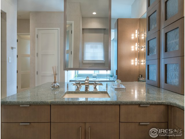 Custom NEFF cabinets in luxurious master bath