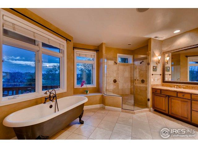 5-Piece Master Bath w/ Stand Alone Soaking Tub