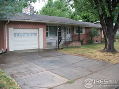 Extra wide driveway: 1743, Collyer, Longmont