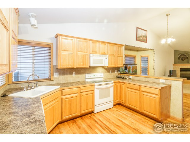 355 Cardinal Ave Loveland, CO 80537 - MLS #: 857418