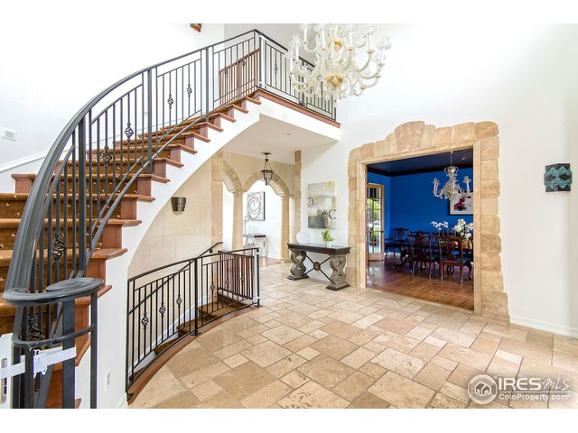Classic, elegant staircase.