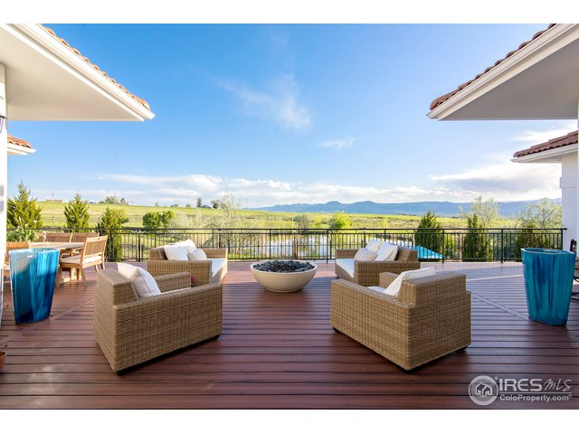 Brand new expansive deck w/views