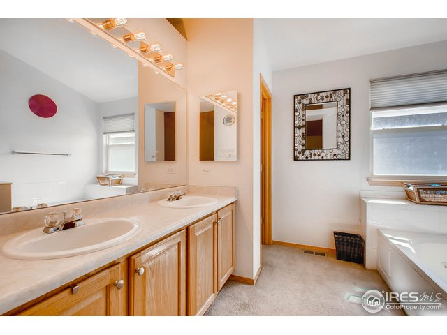 6286 Stagecoach Ave Firestone, CO 80504 - MLS #: 858179