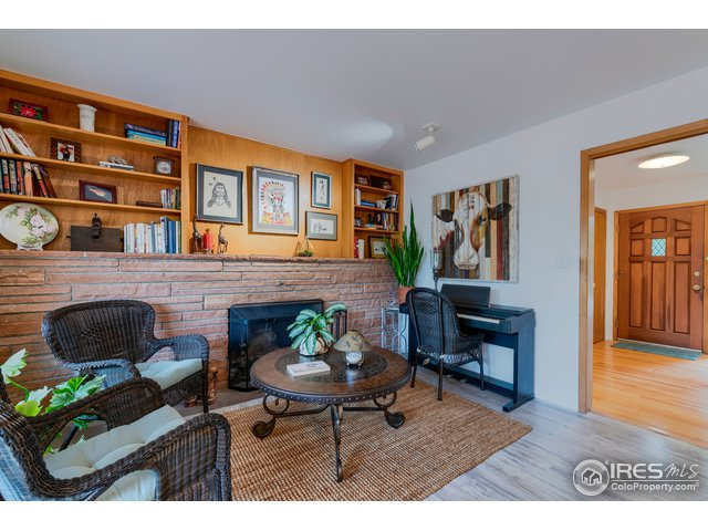 2004 Clearview Ave Fort Collins, CO 80521 - MLS #: 858660