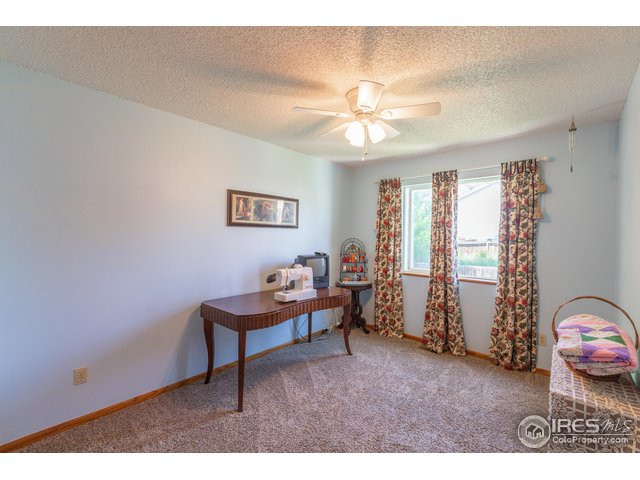 709 Country Acres Dr Johnstown, CO 80534 - MLS #: 858738