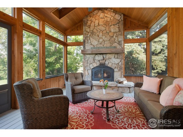 SCREENED PORCH W/WOOD BURNING FIREPLACE