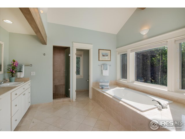 5 PIECE MASTER BATH W/STEAM SHOWER