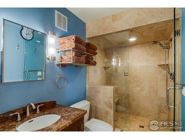Basement full bath w/ steam shower
