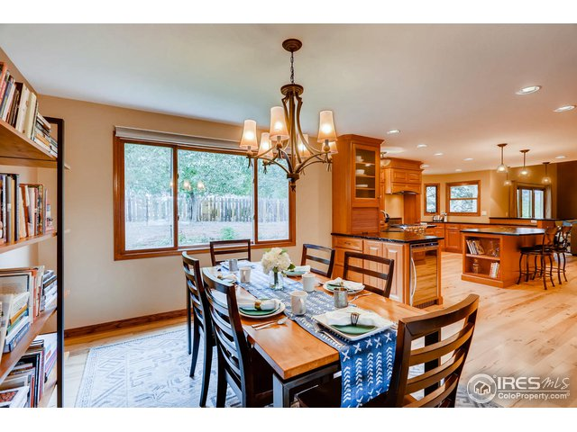 Dining room, open to front living room and kitchen