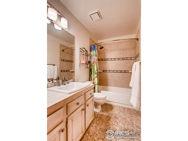 Full Bathroom - Upper