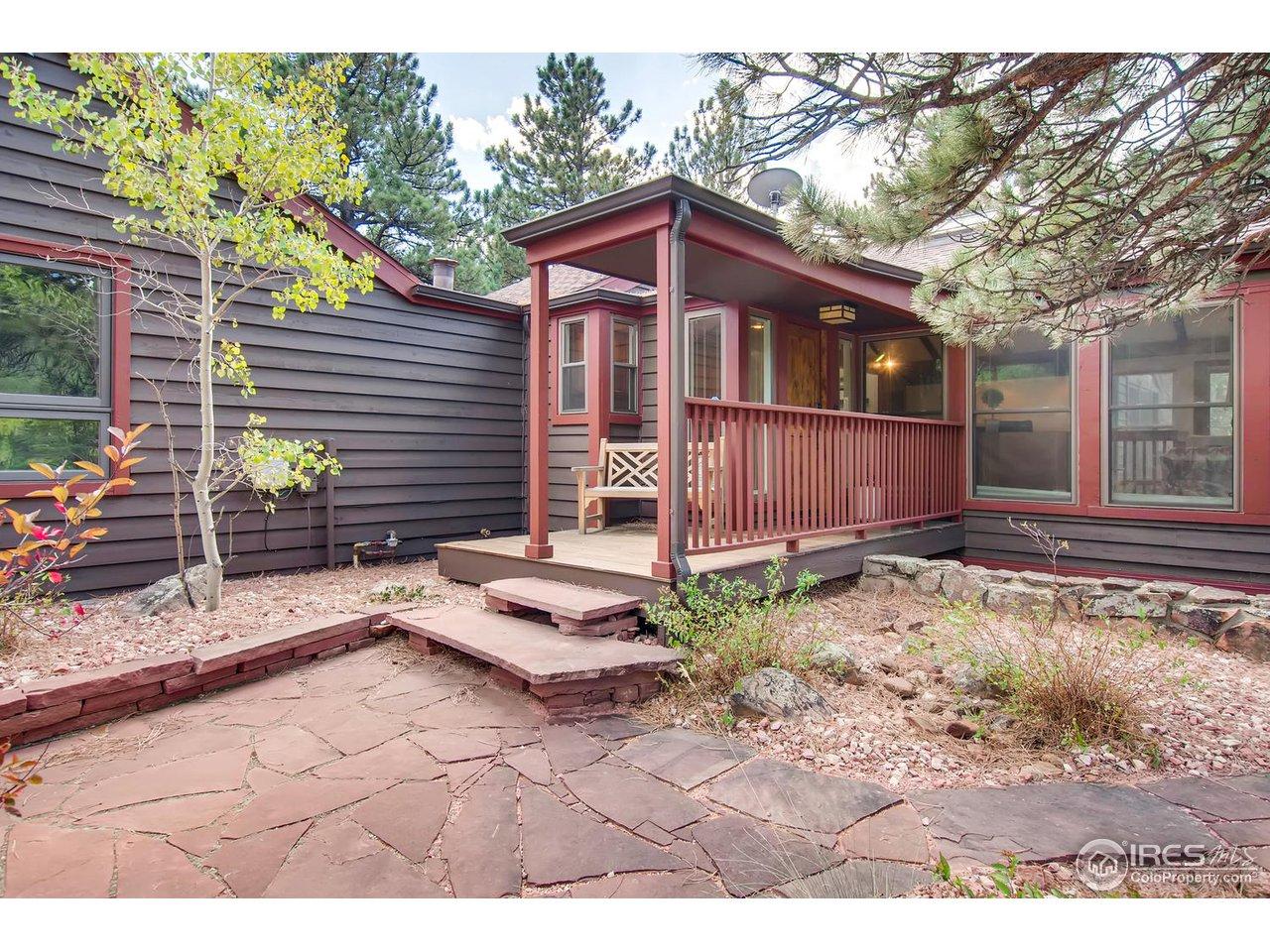 2708 S Lakeridge Trl, Boulder CO 80302
