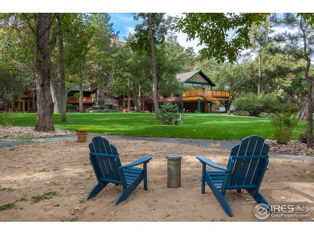 Your Private Sandy Beach right on Boulder Creek