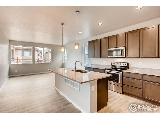1127 102nd Ave Greeley, CO 80634 - MLS #: 862836