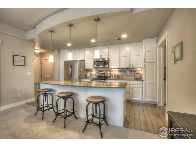 4682 Hahns Peak Dr Unit 301 Loveland, CO 80538 - MLS #: 863057