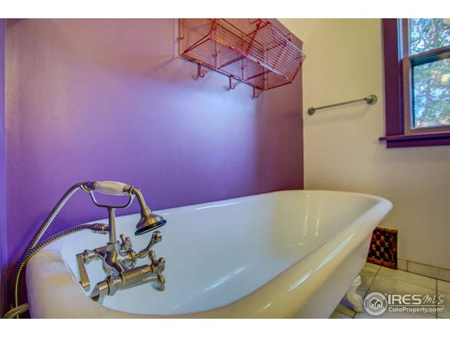 418 Seward St Lyons, CO 80540 - MLS #: 863281