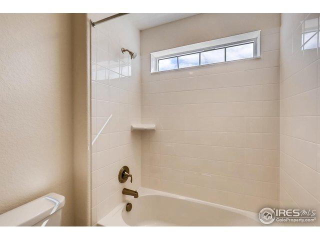 2406 Spotswood St Longmont, CO 80504 - MLS #: 850243