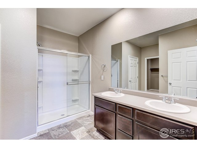 915 Charlton Dr Windsor, CO 80550 - MLS #: 863579