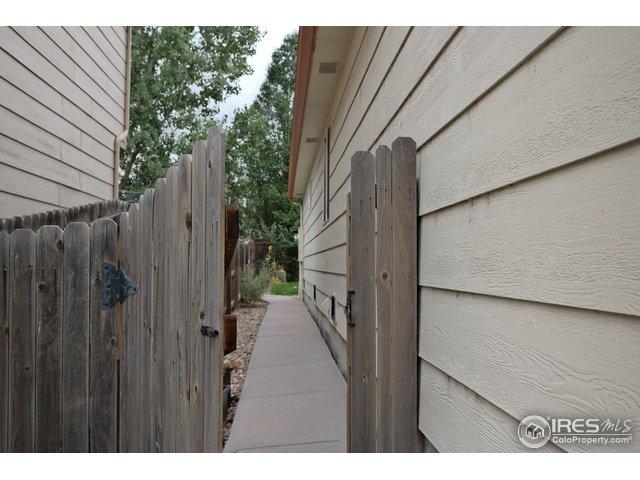 11722 Oswego St Commerce City, CO 80640 - MLS #: 864472