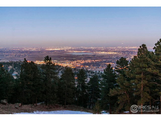 THE CITY LIGHTS OF BOULDER
