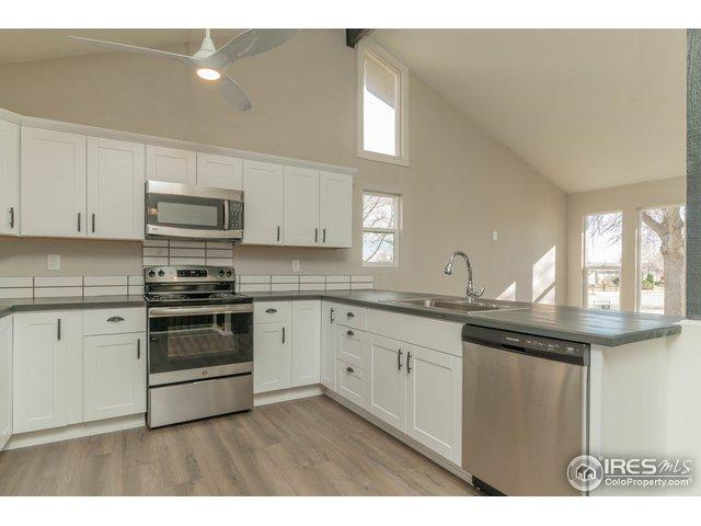 355 Lark Pl Loveland, CO 80537 - MLS #: 866421
