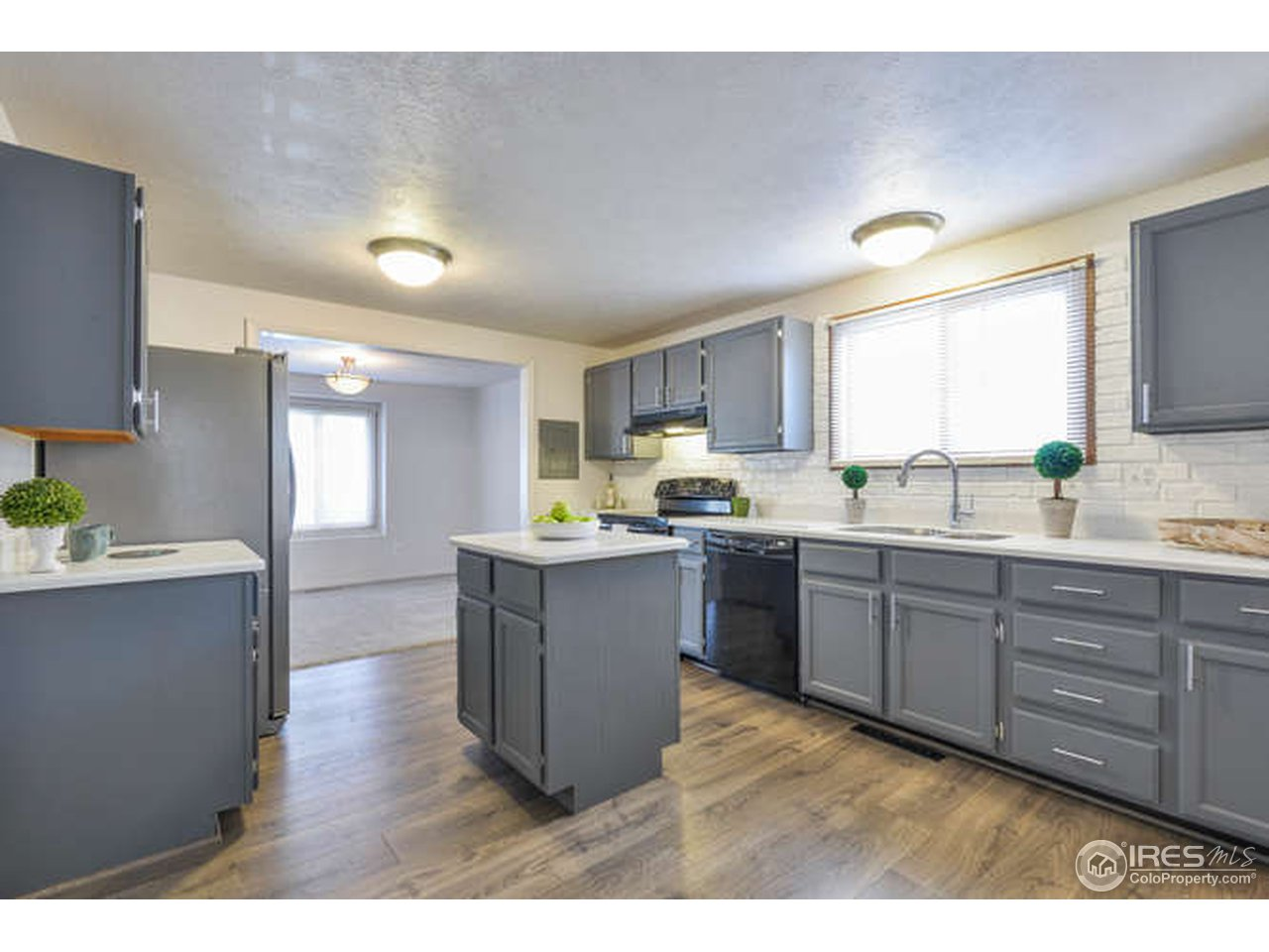 1765 Bedford Cir, Fort Collins CO 80526