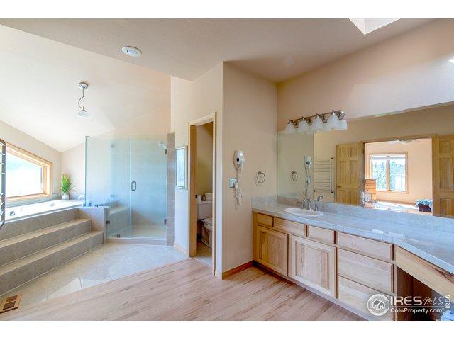 5 piece bathroom
