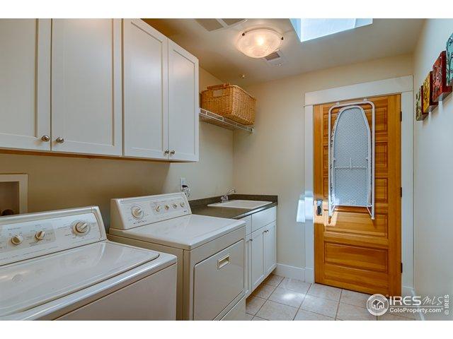 Laundry room - upper level