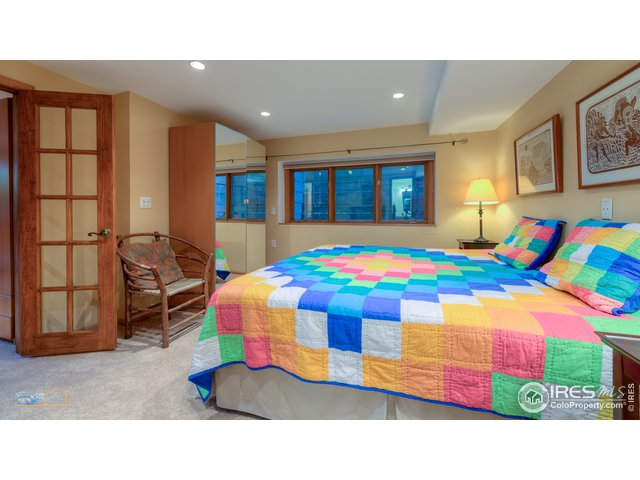 Guest bedroom-lower level