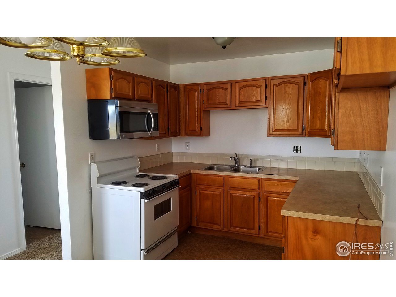 2425 BALSAM AVE, GREELEY, CO 80631