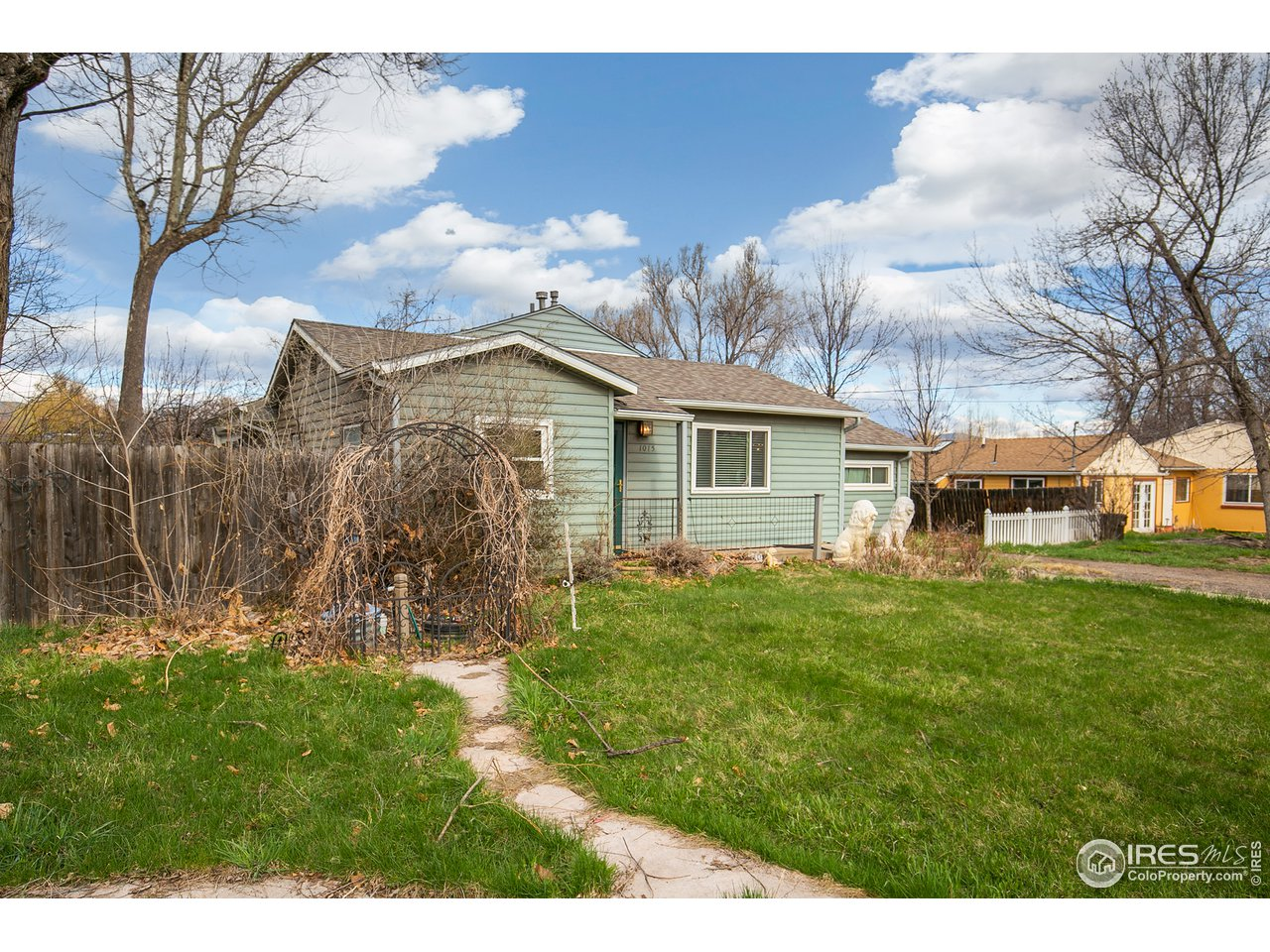 1015 Cherryvale Rd, Boulder CO 80303