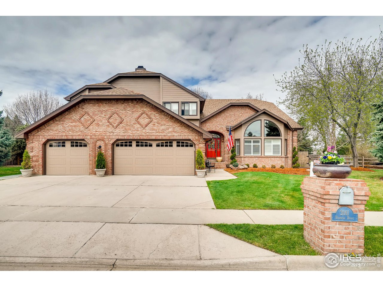 2011 Diamond Dr, Longmont CO 80504