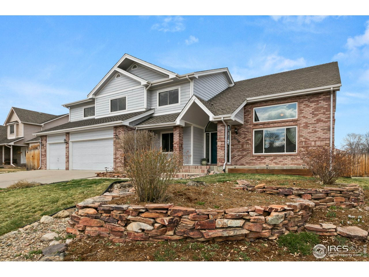 2420 Mapleton Cir, Longmont CO 80503