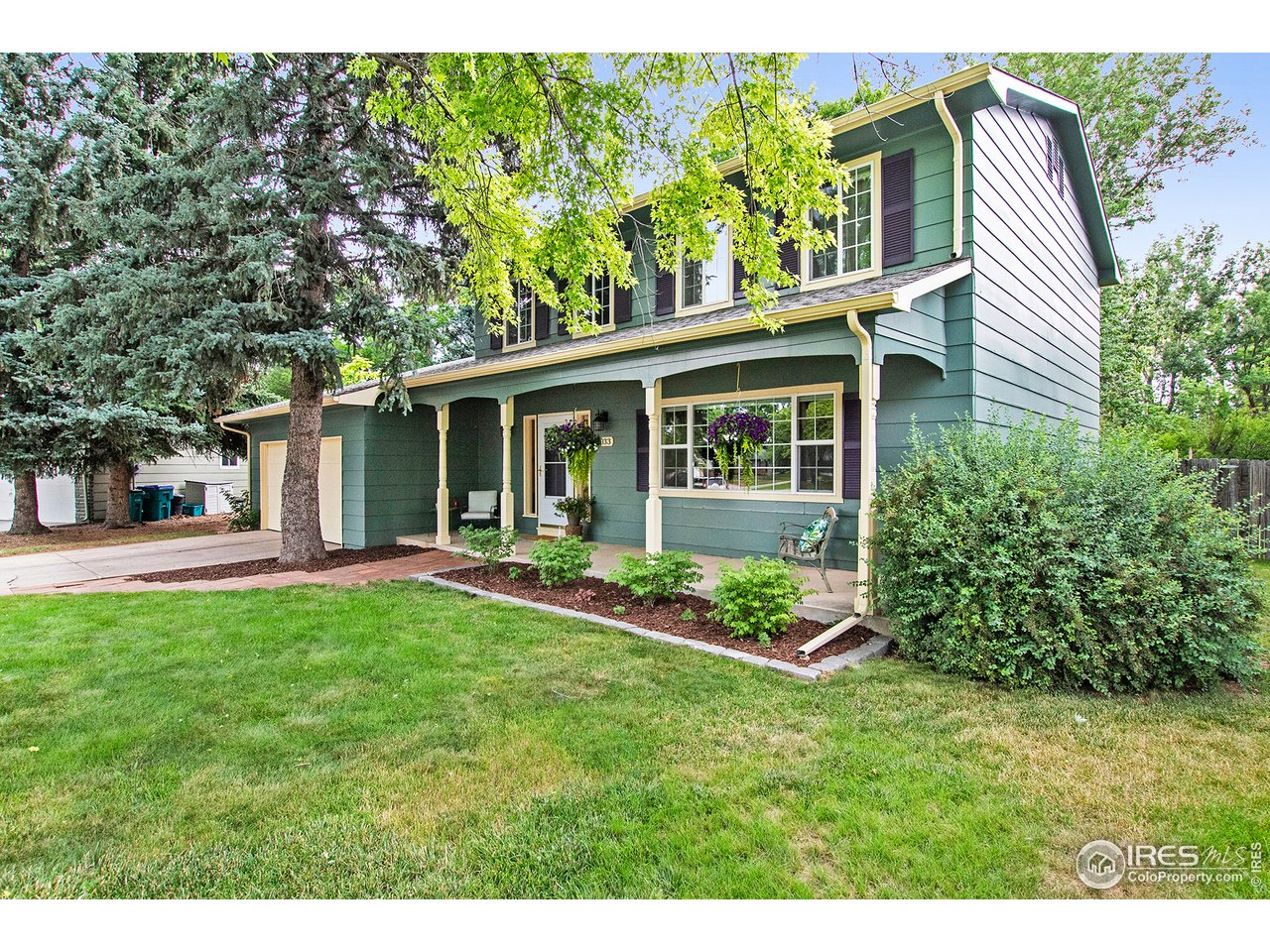 2033 Manchester Dr, Fort Collins CO 80526