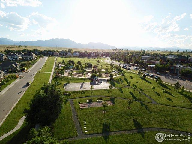 Great neighborhood park/ playground!