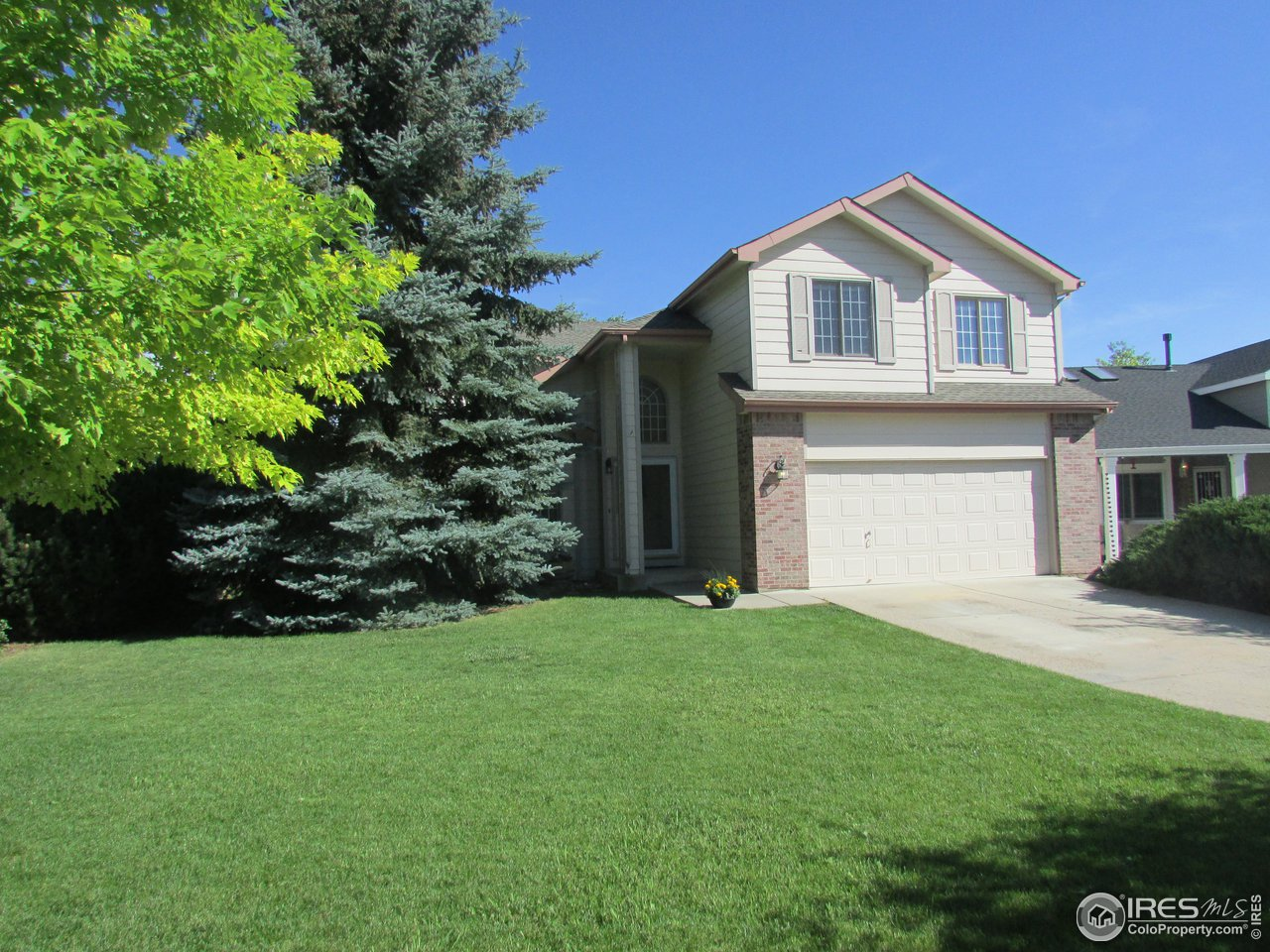 2354 Hampshire Ct, Fort Collins CO 80526