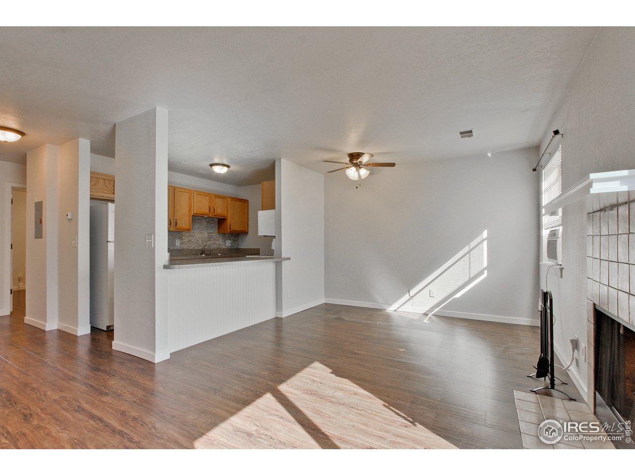 225 E 8th Ave C-12, Longmont CO 80504