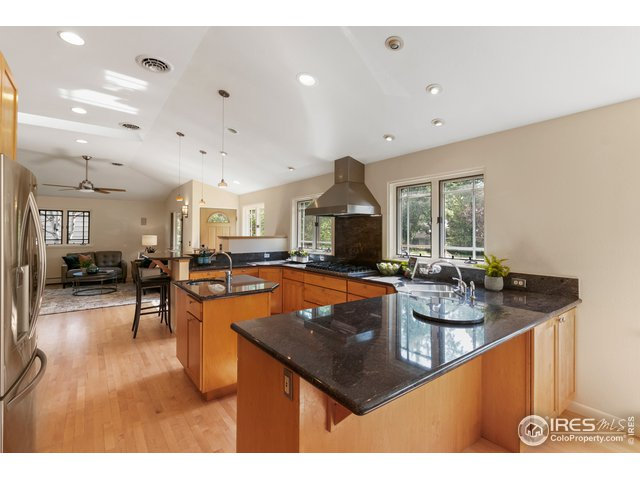 Maple Cabinets and New Appliances