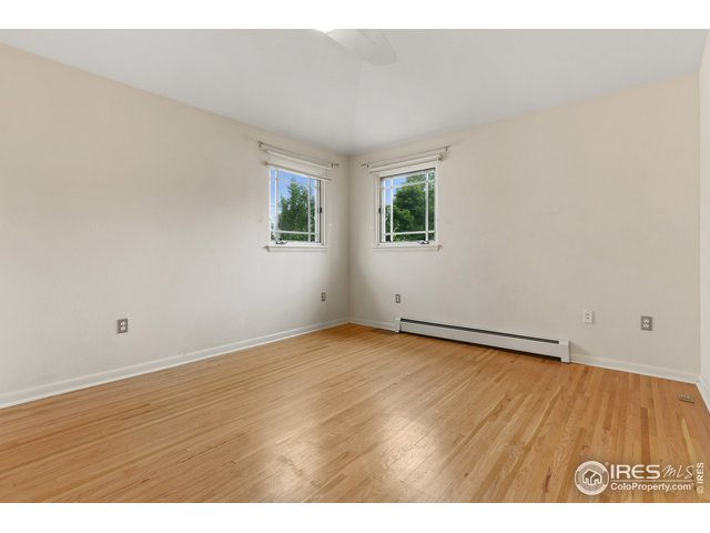 Main Floor Bedroom/Office
