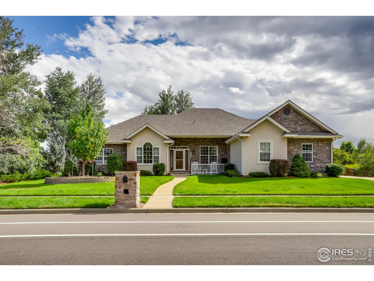 1919 Creekside Dr, Longmont CO 80504