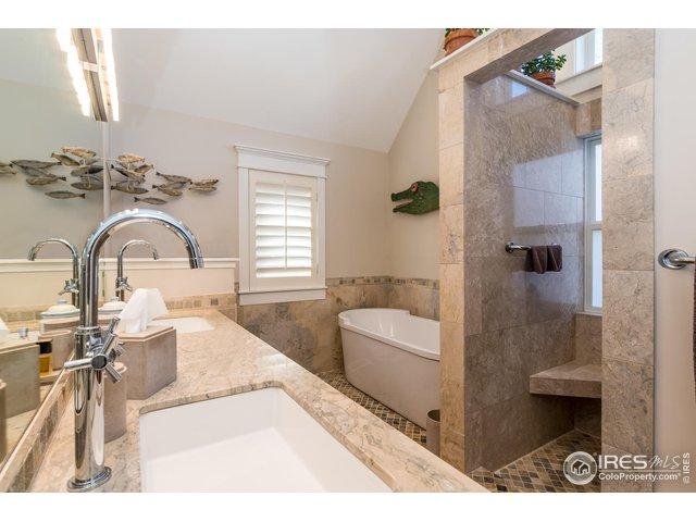 Master Luxe 5 Piece Bath