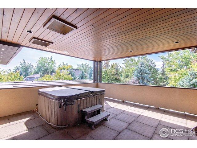 Hot tub on deck adjacent to master